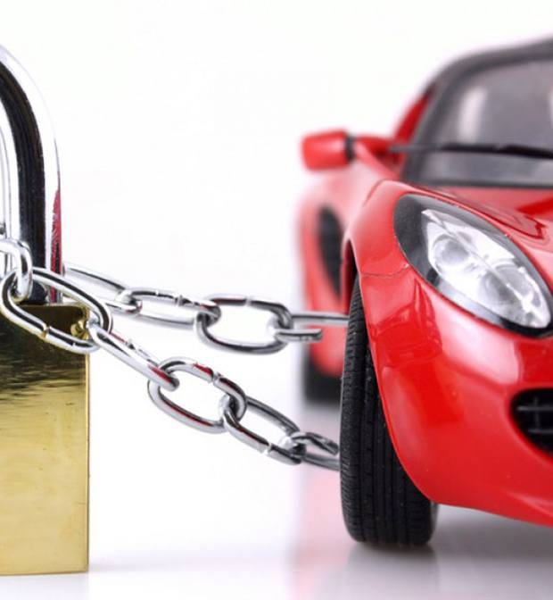 Is it possible to buy a car and insurance for a tourist in ...